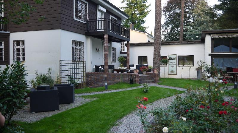 Brockhausen REinickendorfer Frauen Lipke 14   0277