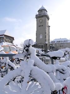 Fahrräder-verschneit(byB.Kremer)
