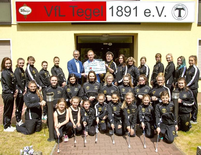 2016-05-17 12.53.43 Twirling i love Tegel Schönebeck  Borsighallen Frauenstein 800